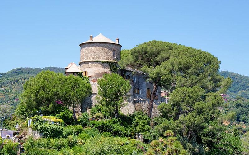Portofino Gezi Rehberi Castle Brown