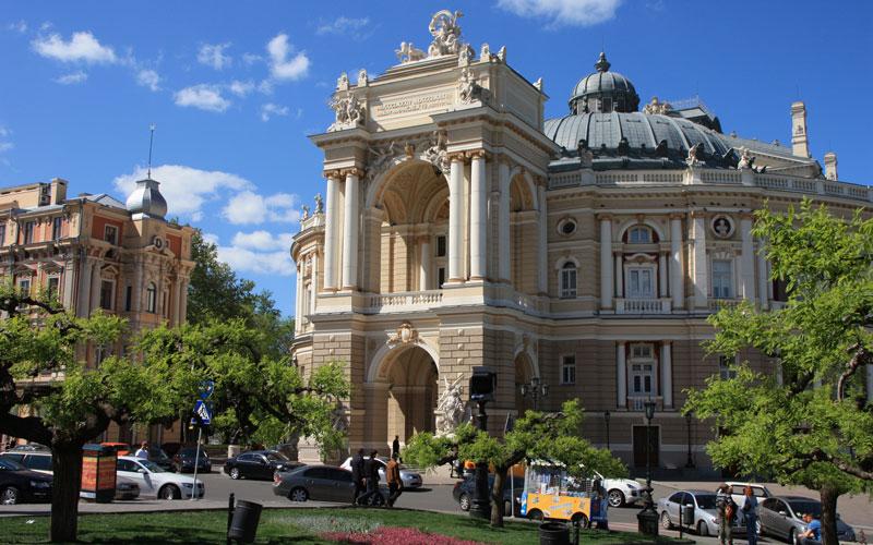 Odessa-Opera-Binasi