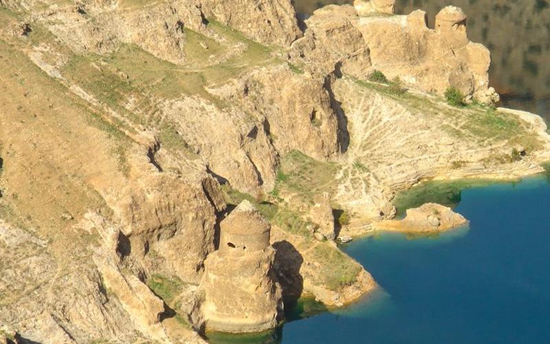 Asur-Kalesi-Diyarbakir