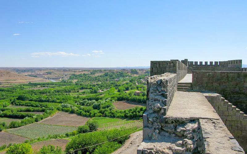 Hevsel-Bahceleri-Diyarbakir