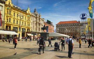 Trg Bana Jelacica Meydanı Zagreb