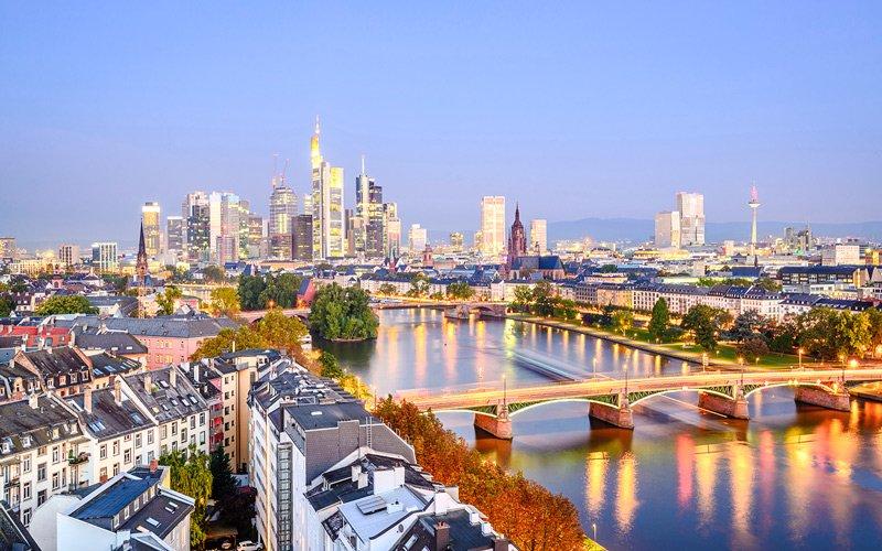 Frankfurt Nasıl Gidilir