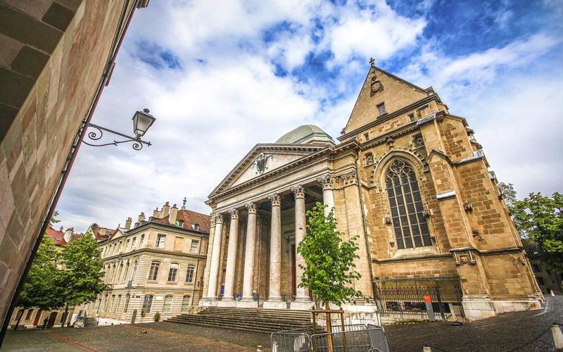 Cenevre Aziz Pierre Katedrali