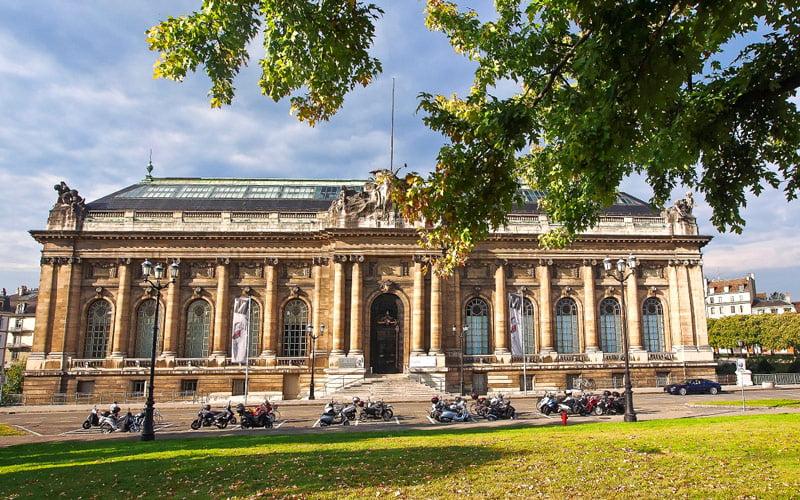 Cenevre Sanat ve Tarih Müzesi