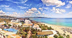 Playa den Bossa İbiza