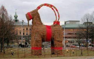 Isvec Noel keçisi