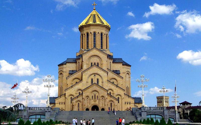 Tsminda-Sameba-Katedrali