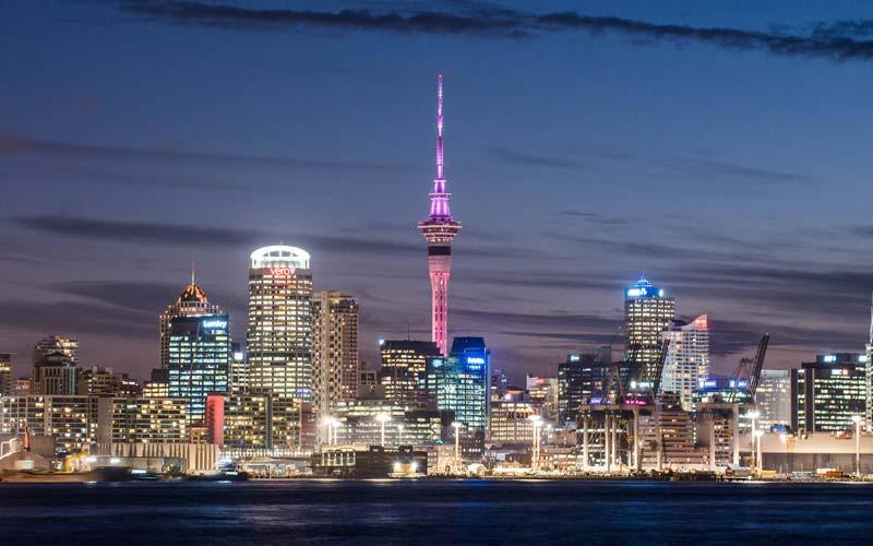 Yeni-Zelanda-Gorulecek-Yerler-Sky-Tower