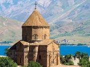 Turkiye-Inanc-Merkezleri-Akdamar-Kilisesi