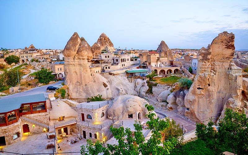 Turkiye-Inanc-Merkezleri-Ahlat