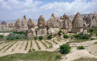 Kapadokya-Yuruyus-Rotalari-Kiliclar
