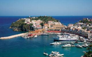 Ponza-Island-Italya-Kasabalari